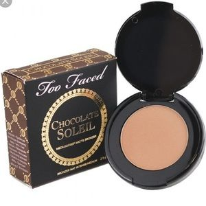 Mini Two Faced Chocolate Soleil Bronzer